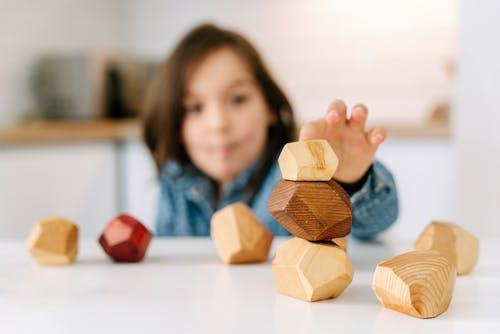 Trik koji će ti pomoći da potakneš samostalnu igru djeteta